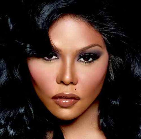 Lil Kim SUES Lawyers for 1Million